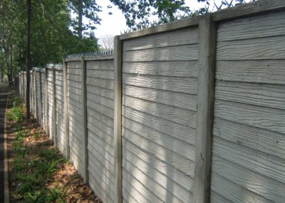 Precast-Woodgrain-with-rail-capping