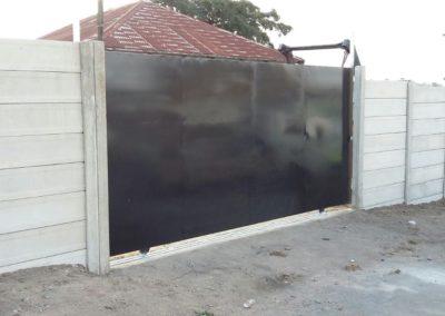 gate 004